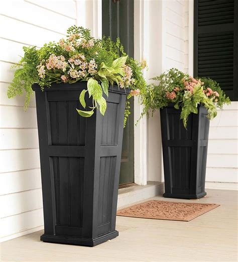 Front Entrance Planters by Best 20 Front Door Planters Ideas On Front