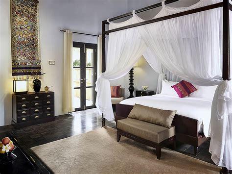 gespiegelte möbel schlafzimmer ideen schlafzimmer wohnwand mit bett