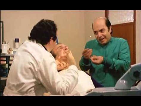 di lino banfi e alvaro alvaro vitali e lino banfi nello studio dentistico