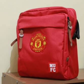Sling Bag Tas Selempang Manchester United Mu Hitam sling bag manchester united jm store