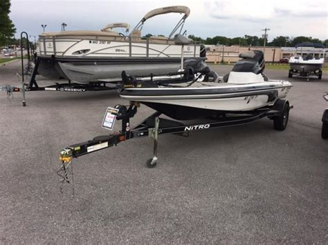 tracker boat center bass pro shops tracker boat center springfield boats for