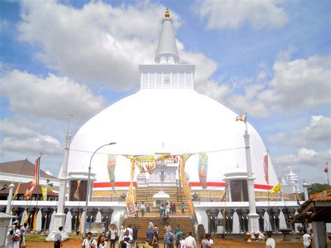 turisti per caso sri lanka anuradhapura viaggi vacanze e turismo turisti per caso