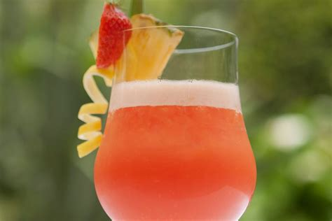 rum runner 3 recipes for the popular tiki cocktail