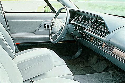 oldsmobile  eightregency consumer guide auto