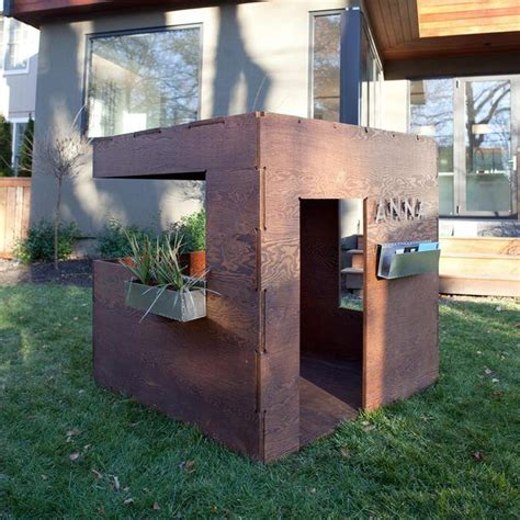 Outdoor Playhouse Furniture For by Cuba Playhouse Outdoor