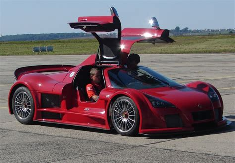 Gumpert Apollo Sports Car V8   Fast Speedy Cars
