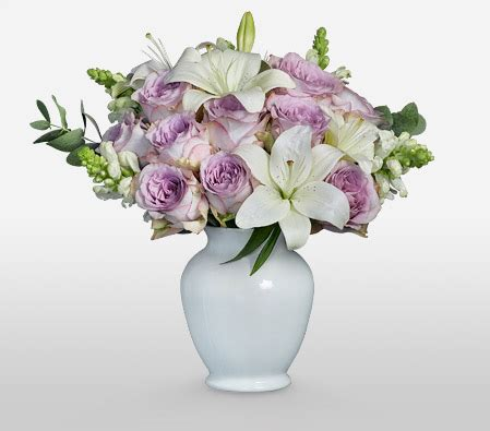 yankee doodle flower yankee doodle classic bouquet of lavenders to united