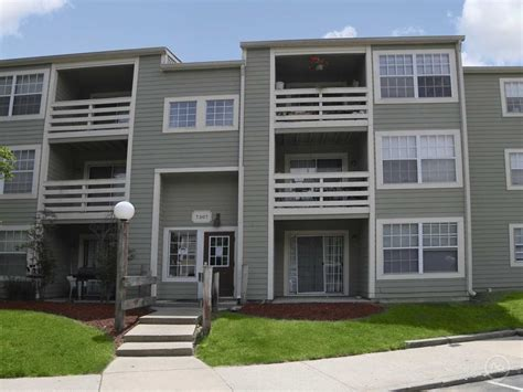 indianapolis appartments bayhead village apartments indianapolis in 46214 apartments for rent