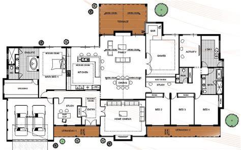 house floor plan  dimensions