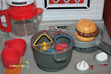 tikes cook n grow kitchen