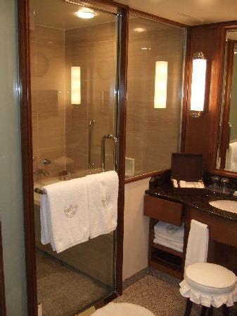hotel baignoire salle de bain baignoire picture of imperial