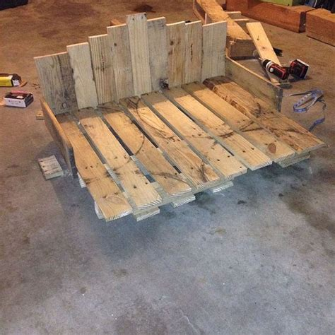 dog bed made from pallets pallet dog beds dog beds and pallets on pinterest