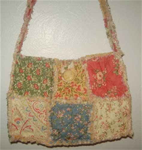 Quilted Purses To Make by Up The Rainbow Creek Make A Charm Pack Raggy Quilt Purse