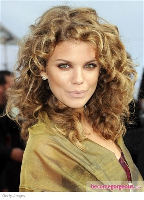 curly q hairstyles pictures annalynne mccord hairstyles annalynne mccord