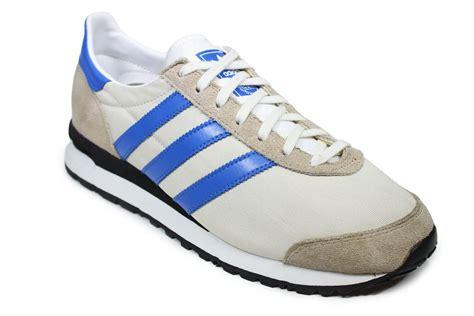 marathon running shoes adidas originals marathon 85 running shoes trainers g96863