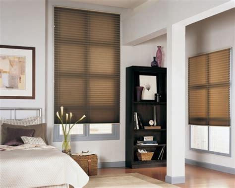 sonnenschutz schlafzimmer das richtige plissee diskreter sonnenschutz und