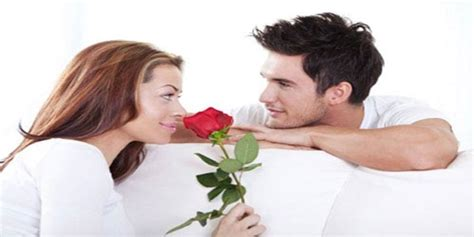 hal yg membuat wanita jatuh cinta pada pria saat cowok sedang jatuh cinta ke cewek 12 hal ini pasti
