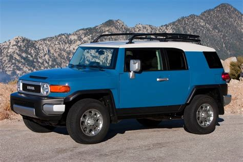toyoto jeep used 2014 toyota fj cruiser suv pricing for sale edmunds