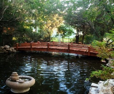 koi pond bridge 25 foot short post koi pond bridge by gardengridges