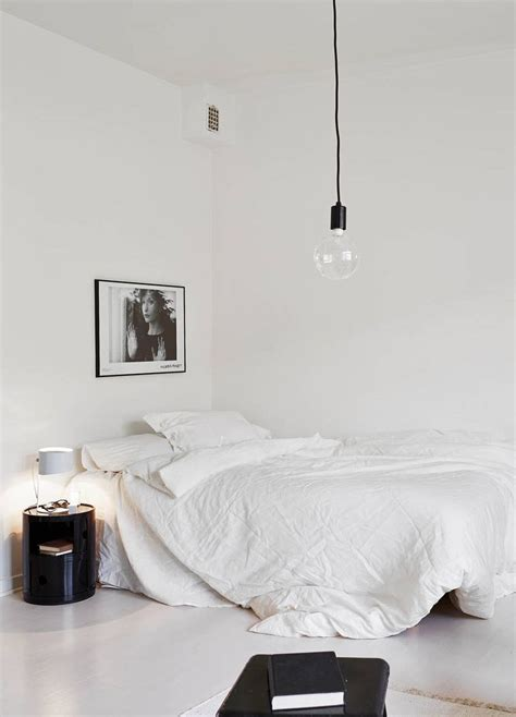 Minimal Room | 11 tips to styling your minimal bedroom
