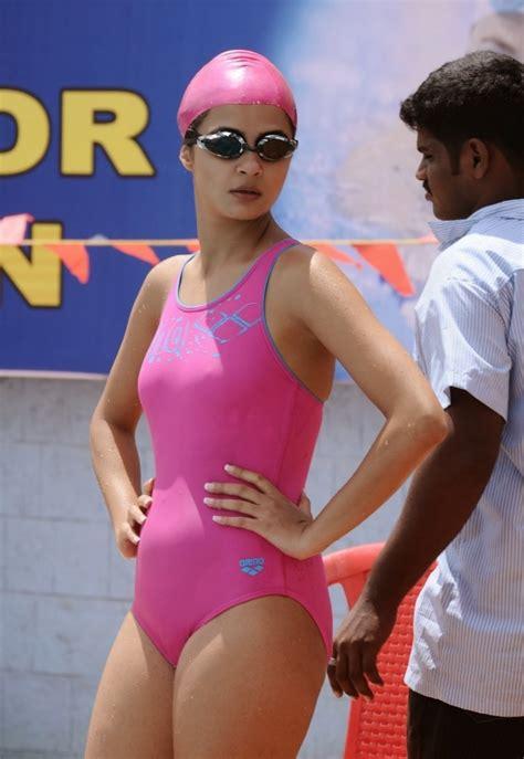 actress bikini hd pics actress surveen chawla images hot bikini wallpapers in hd