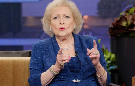 betty white betty white rushes to doctor s office amid health crisis