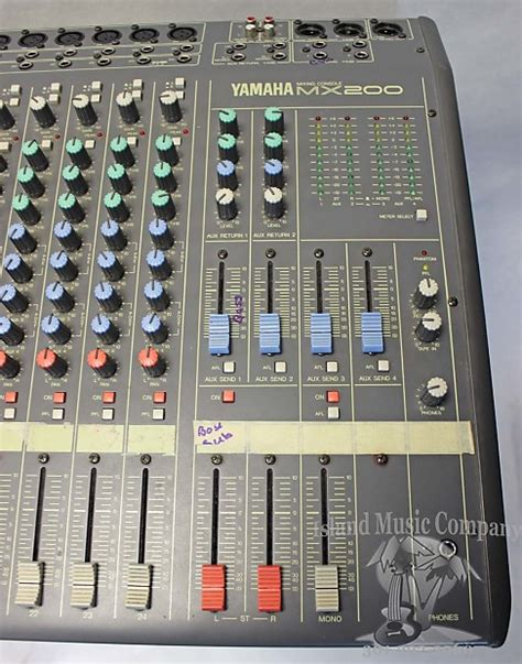 Mixer Yamaha 24 Channel yamaha mx 200 24 channel analog mixer reverb