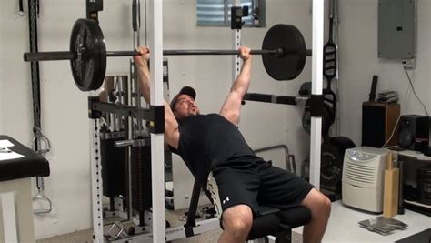 upper bench press the best way to do incline barbell bench press to target