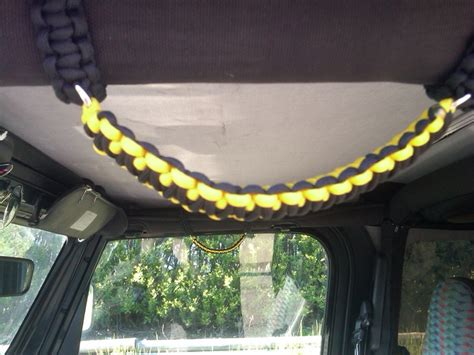 Diy Jeep Grab Handles Paracord Grab Handles Hmm Cool Idea For A Jeep Or
