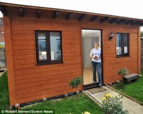 Small Barns Turned Into Homes - havant council bans nhs worker victoria campbell from living in her parents shed daily mail