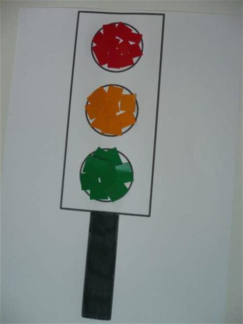 light crafts paper traffic lights family crafts