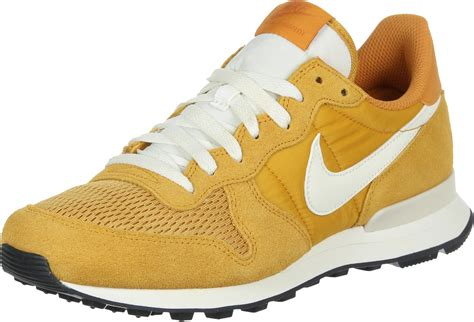 yellow nike shoes nike internationalist shoes yellow