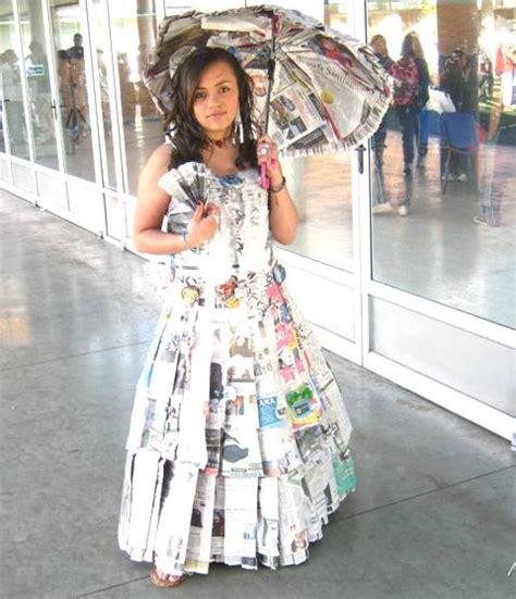 Vestidos De La Epoca Colonial Con Material Reciclable | vestidos de la epoca colonial con material reciclable