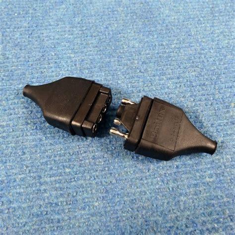 4 pin l socket caravansplus britax 4 pin socket trailer plugs