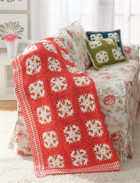 pattern motif difference patons filigree motifs crochet pattern yarnspirations