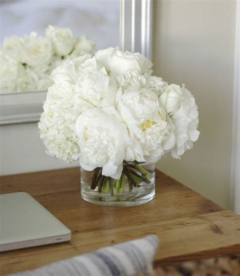 6 diy peony rose and hydrangea centerpieces for 50 roses peonies centerpiece beautiful flowers and