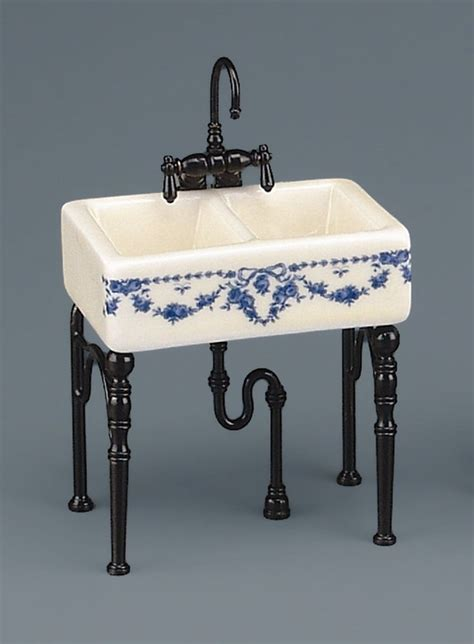 victorian kitchen sink 1000 images about victorian dollhouse on pinterest