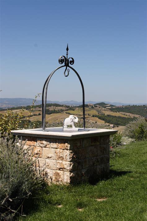 pozzi in pietra da giardino pozzi da giardino in pietra free pozzi da giardino in
