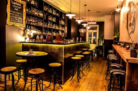 Top Bars In Sydney Cbd by Bars Sydney Best Rooftop Bars Laneway Cocktail Bars