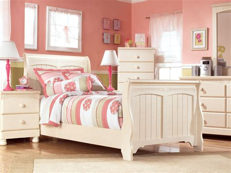 ashley furniture cottage retreat bedroom set cottage retreat youth sleigh bedroom set from ashley b213