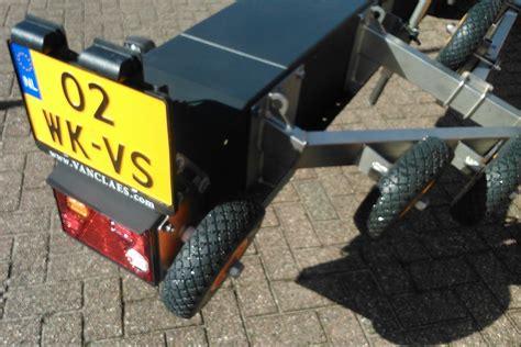 boottrailer waterdichte verlichting boottrailer vanclaes custom ta jozua aanhangwagens