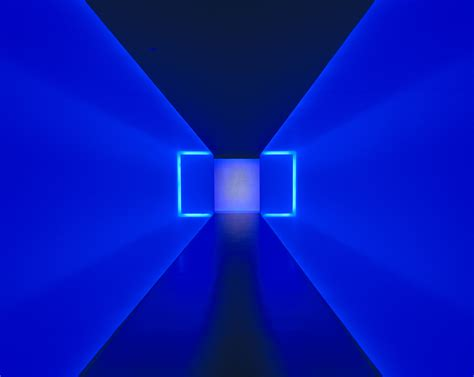 seeing blue lights spiritual light sculpting with james turrell modeartemodearte