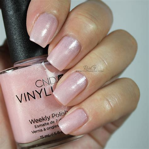 cnd vinylux topcoat and polish in grapefruit sparkle cnd vinylux ria g beauty blog