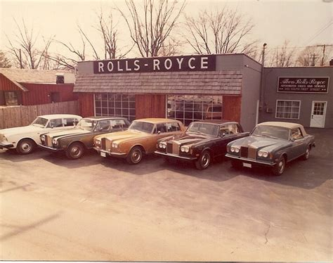 Rolls Royce Garage Indianapolis by Still Rolling Bentley Dealership Finds Niche In Zionsville