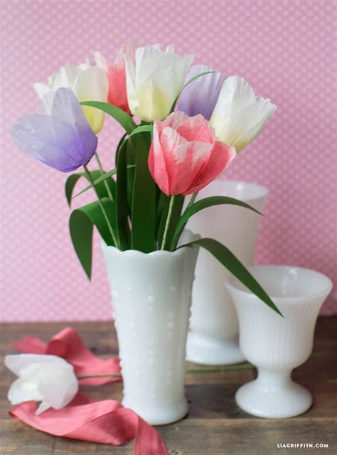 How To Make Tulips Out Of Tissue Paper - 535 best diy paper flowers images on crepe