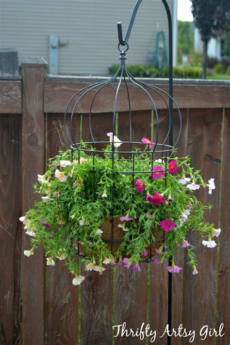 Bird Cage Planters by 18 Beautiful Garden Decor Ideas With Birdcage Planters