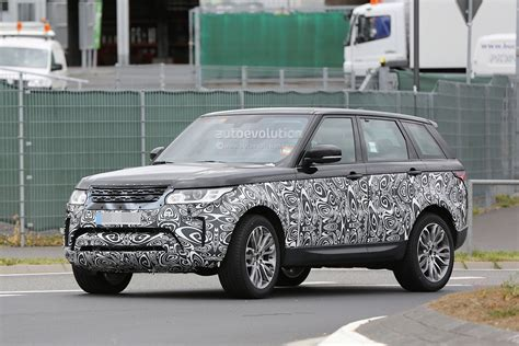 first range rover ever spyshots 2017 range rover sport first photos autoevolution