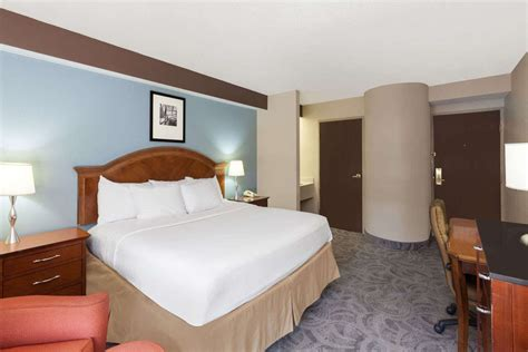 Room Attendant Vacancies by Room Attendant At Baymont Inn Suites Bentonville