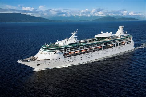 Royal Caribbean Gift Cards - encore royal caribbean giving away apple gift cards travelpress