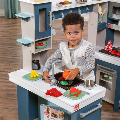 Step 2 Play Sink by Grand Walk In Wood Kitchen Play Kitchen Step2